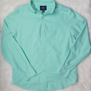 American Eagle Outfitters Men's Green Medium Shirt